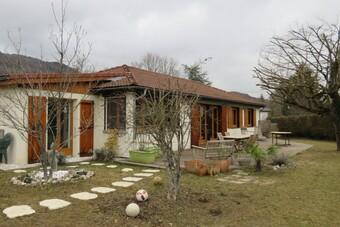 Vente Maison 7 pièces 140m² Saint-Étienne-de-Crossey (38960) - photo