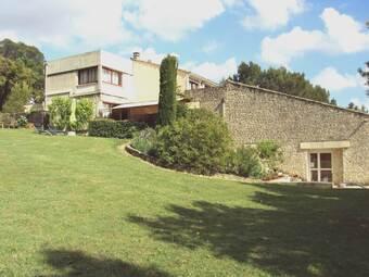Vente Maison 12 pièces 322m² Sainte-Cécile-les-Vignes (84290) - photo