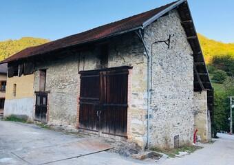 Vente Maison 140m² Saint-Nicolas-de-Macherin (38500) - photo