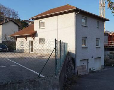 Vente Bureaux 6 pièces 150m² Voiron (38500) - photo