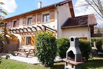 Vente Maison 5 pièces 103m² Saint-Geoire-en-Valdaine (38620) - photo